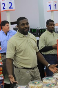 Former NFL player Tyrone Legette franchisee of new Save A Lot grocery.