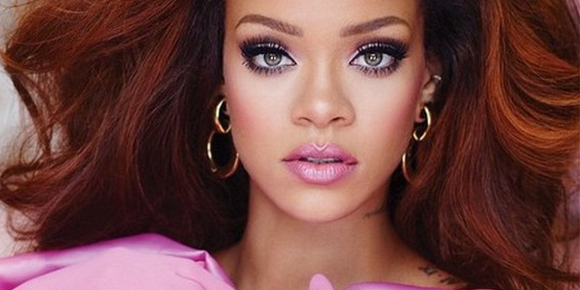 RIHANNA-make up line deal 1
